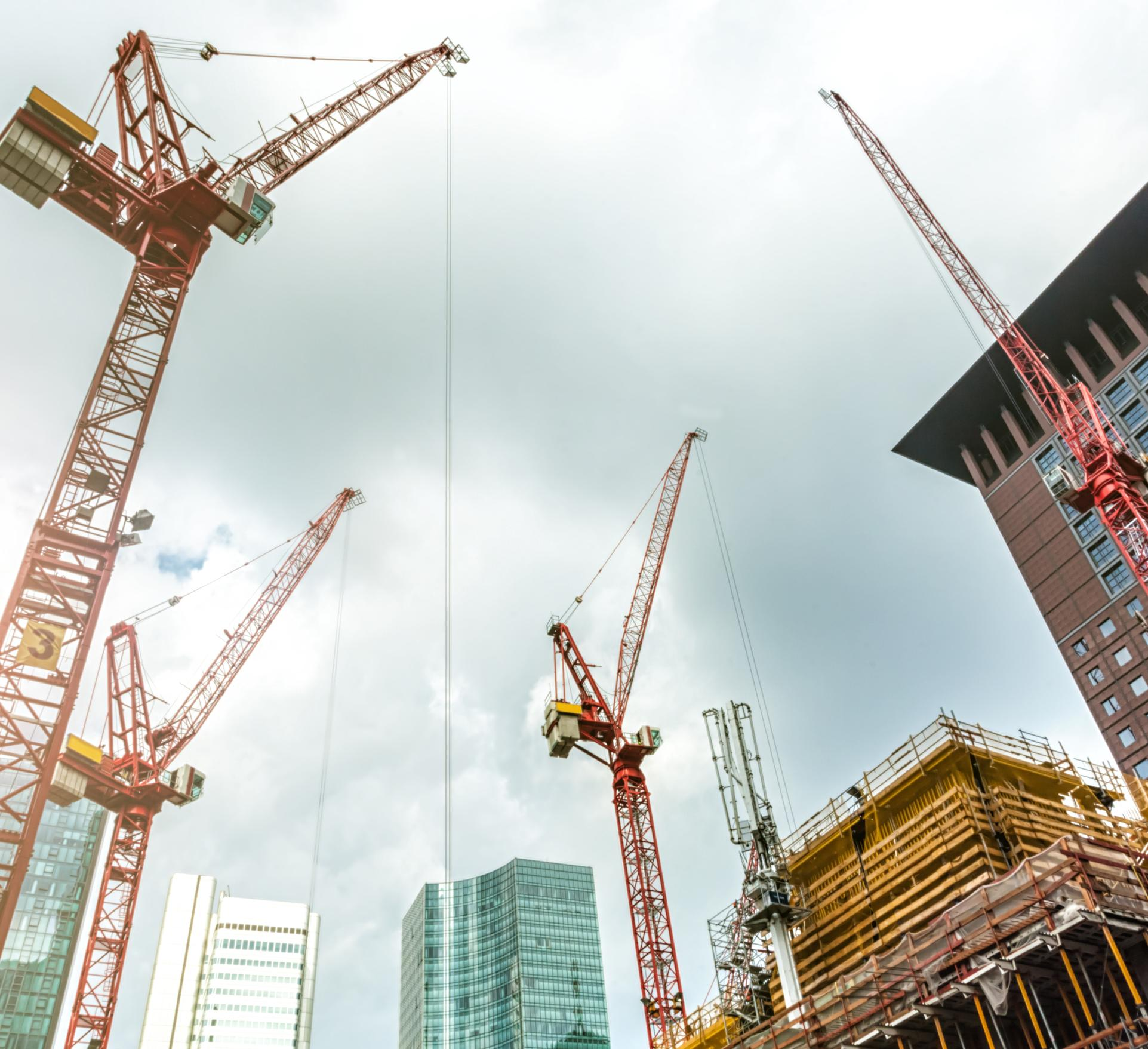 Rent, Lease or Buy: The Construction Firm's Dilemma